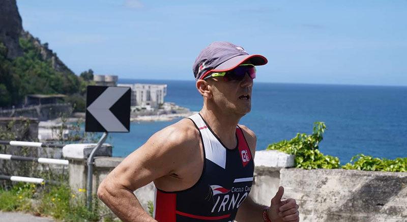 Triathlon, la stagione parte subito col sorriso: Bruno Napoli porta l'Irno sul podio